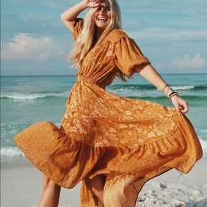 🔜Lioness Gypsy Cotton Floral Gown in Caramel